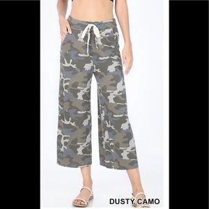 Super Soft And Comfortable Camo Lounge Pants M